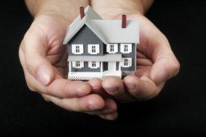 Какие документы нужны нотариусу для вступления в наследство на квартиру